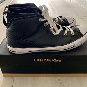 Converse 'Syde street' mid tops in black leather